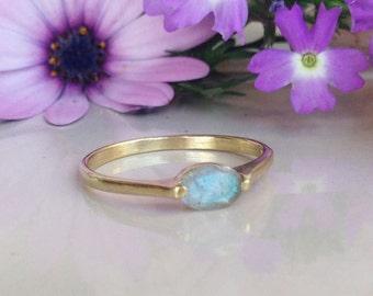 20% off- SALE!! Labradorite Ring - Grey Ring - Genuine Gemstone - Gold Ring - Stacking Ring - Prong Ring - Simple Ring - Rainbow Ring