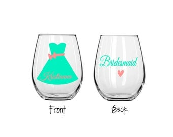 Bridesmaid stemless wine glass, wedding party wine glass, bridal party wine glasses, bridesmaid favor, maid of honor favor,monogrammed glass