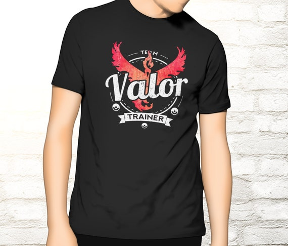 Team Valor Tee - Pokemon Trainer T-shirt - Valor T-shirt