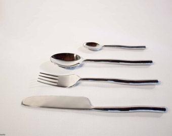 Set of steel cutlery