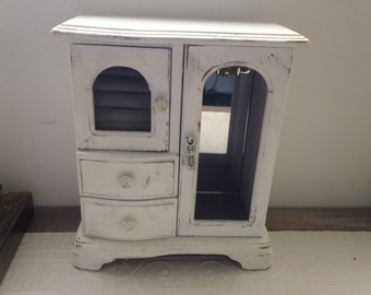 White vintage jewelry box, distressed shabby chic finish