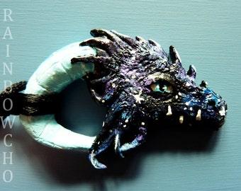 Necklace medium-long Dragon in resin