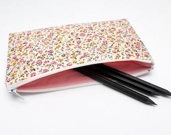 Sale! Dainty Floral Pencil case / Makeup Bag with One Pocket and white Zipper 19.5cm x 11.5cm