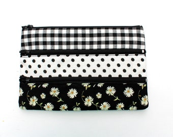 Pretty Patteren Pencil case/ Makeup Bag With Three Pockets and Zippers, 21cm x 14cm