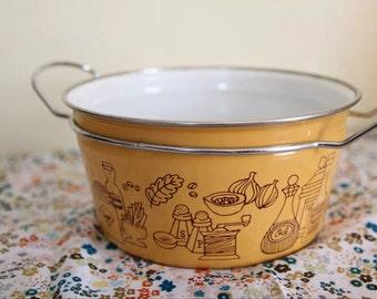 Mid Century Modern Enamel Pot, Harvest Gold