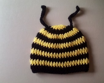 Bumblebee hat, crochet bee hat, bee hat, photo prop hat, ready to ship