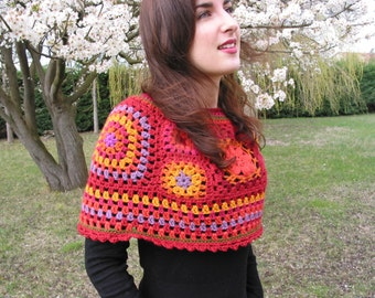 shoulder crocheted in multicolor grannies, red dominance