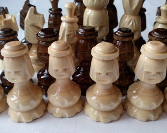 New special handcarved,carved face,nut brown color hazel wooden big chess pieces