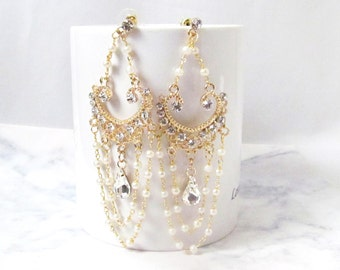 Gold Chandelier Earrings, Chandelier Wedding Earrings, Statement Bridal Earrings, Pearl Chandelier Earrings