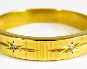 Gents 18kt Yellow Gold Band w/ Diamonds