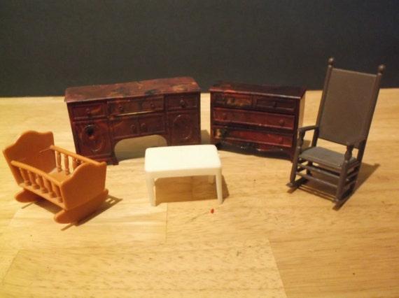 Vintage Plastic Doll House Furniture Lot Of 5 C 40 50s
