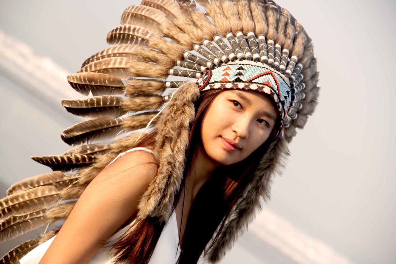 Native American Girl Headdress ON SALE Feathers India...