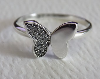 SUMMER SALE Sterling Silver Dazzling butterfly ring size 7