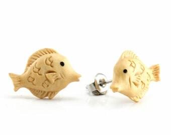 "Hand Carved - ""Yellow Fish"" - Gentawas Wood with Ebony Wood Inlay Stud Earring - Marina Bay"