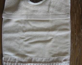 Ecru terry cloth bib with pleats      FREE SHIPPING