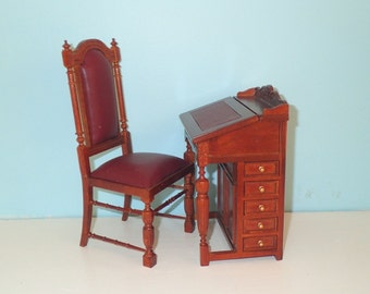 1/6 Scale Desk And Chair For 12 Inch Or 14 Inch Fashion Doll Such As Barbie Blythe Or Fashion Royalty BJD