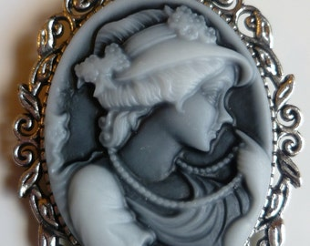 Brooch black and white lady cameo brooch medieval brooch pin silver tone stunning cameo pagan wedding