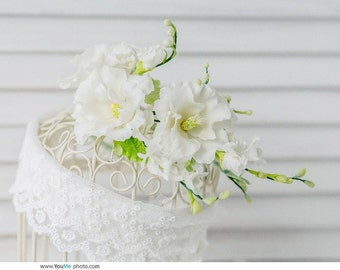 White Flower crown comb  bridal floral crown bridal flower headpiece, wedding flower girl hair accessory