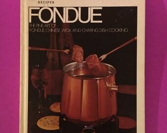 Cookbook Wok Cooking Ceil Dyers Wok Cookery Recipes Vintage 1983 EUC