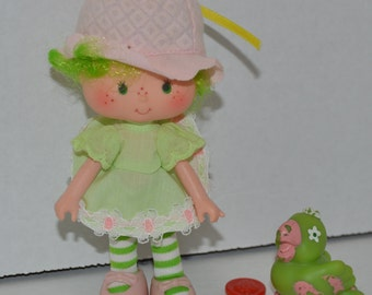Lime Chiffon and Parfait Parrot complete vintage Strawberry Shortcake doll Kenner 1981
