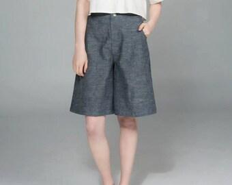 Dandy Shirt - Women's short-sleeved cropped cotton sateen shirt