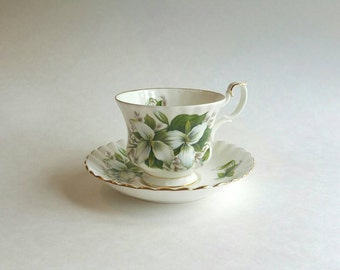 Royal Albert Trillium Tea Cup, Royal Albert Trillium, Trillium Tea Cup and Saucer, Bone China, 1975-1997