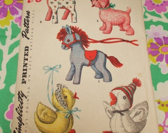 Simplicity Sewing Pattern - 1950s - Set of Stuffed Toys  - various sizes - MPN 1404 - part used and complete