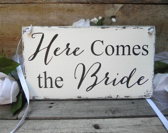 Here Comes the Bride Sign, Wedding Decor, Rustic Wooden Wedding Signs, Vintage wedding, Wedding Decor, Photo Prop Signs, Bridal Gift.