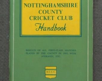 Superb 1956 NOTTINGHAMSHIRE County CRICKET Club HANDBOOK...Vintage Cricketing Memorabilia! Notts Cricket Hand Book