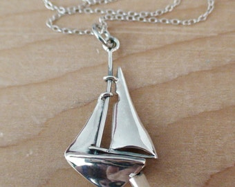 Sailboat Charm Necklace - 925 Sterling Silver - Movable - *NEW* Nautical Sailing