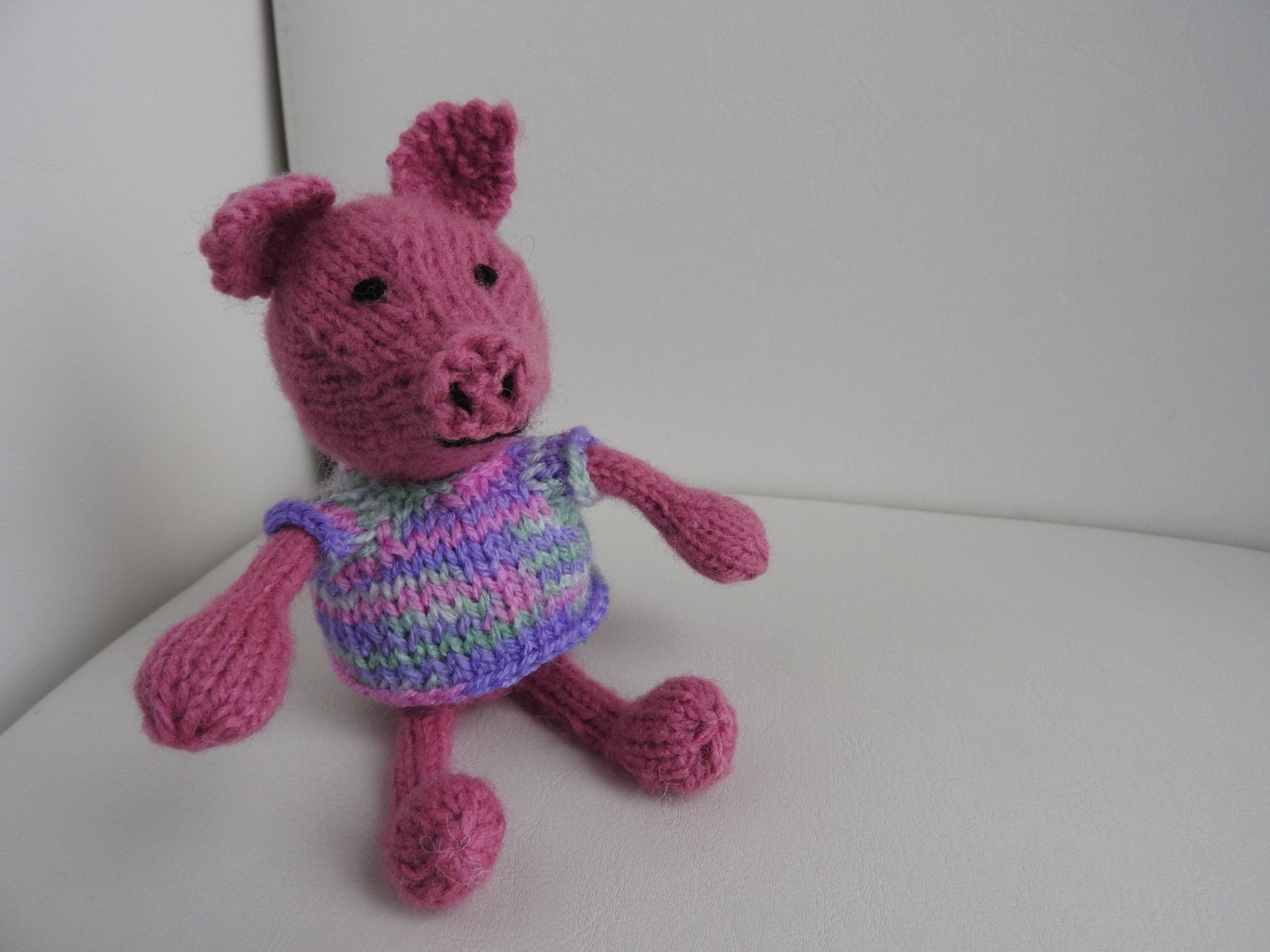 Knitting Pattern Tissue Holder : Hand knitted Pig Pin Cushion Critter Tissue Holder paper