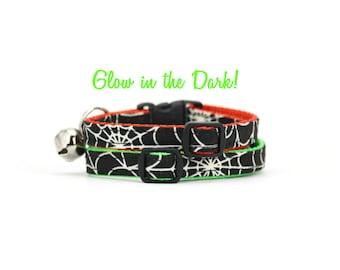Glow in the Dark Cat Collar with Bell Breakaway Safety Buckle Black Halloween Spider Web Kitty Collar