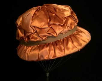 Vintage 30's Copper Brown Satin Ribbon Hat    VG2386