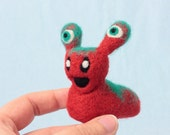 Slugzor the little alien slug - Cute gift idea, Handmade needle felted ornament, Quirky fathers day gift, Unusual gift for friend, UK seller