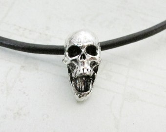 2pc Antique Silver Skull Bead, 14x10, Pewter Skull Beads, Day of the Dead Metal Skull Beads, Large Hole Skull Beads, Large Hole Beads