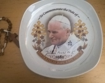 Plate to Commemorate the visit of Pope John Paul II to the UK in 1982