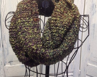 Handmade Knitted Infinity Scarf (IFS-Spanish Olive)