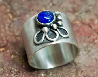 Sterling silver ring, sterling silver wide band ring, Rings for women, Lapis lazouli ring, Bezel set ring,