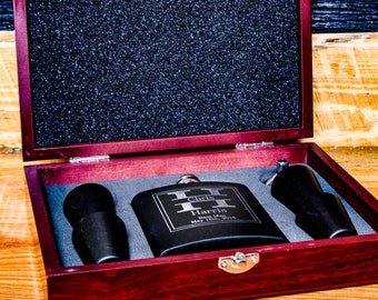 Personalized Flask Wedding Rosewood Giftset, 7 Groomsman Flasks, Custom Etched Flasks, Groom Wedding Gift, Personalized Best Man Flasks