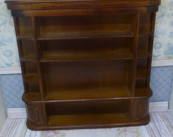 Store cabinet lacqueret in walnut color for any kinf of shop. Bespaq style.