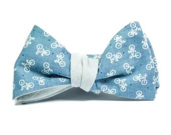 Blue bikes reversible bowtie, bicycles self tie bow tie, light blue cotton bow tie, bicycle theme bowtie, bike enthusiast, bike theme gift