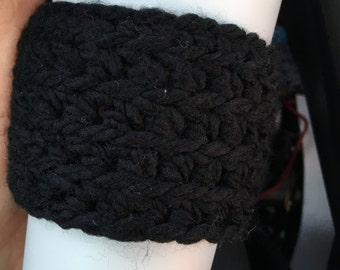 Black Soft Knit Travel Cup Mug Cozies