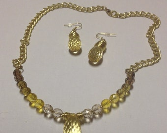 Shades of Yellow Necklace and Earring Set