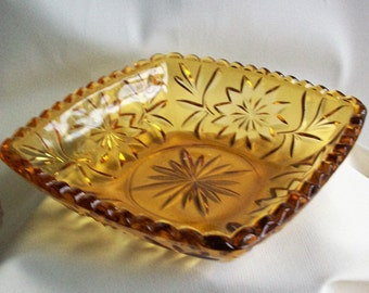 Vintage Amber Glass Candy Bowl, Square Shape Glass Bowl, Vintage Amber Pressed Glass, Fall Decoration, Home Decor, Amber Art Glass