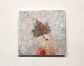 pressed leaves, autumn leaves, nature painting, soft pastels, shabby chic, acrylic painting,