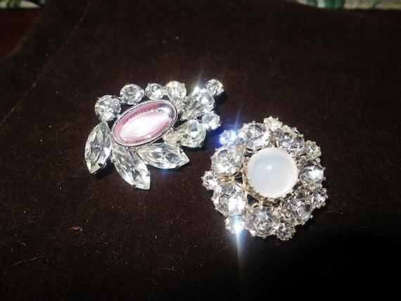 2 Lovely vintage  silvertone rhinestone  brooches