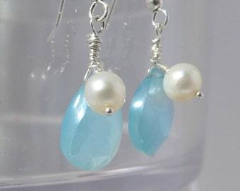 Chalcedony Earrings, Chalcedony Pearl Earrings, Chalcedony Simple Earrings, Chalcedony Minimalistic Earrings, 1031