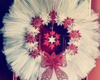Tulle Christmas wreath. Snowflake wreath. Christmas wreath. Tulle wreath.