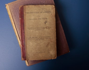 Antique book 'The history of Joseph'.