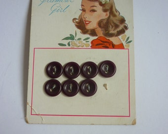 "1940s Illustrated Button Card ""Glamour Girl"""